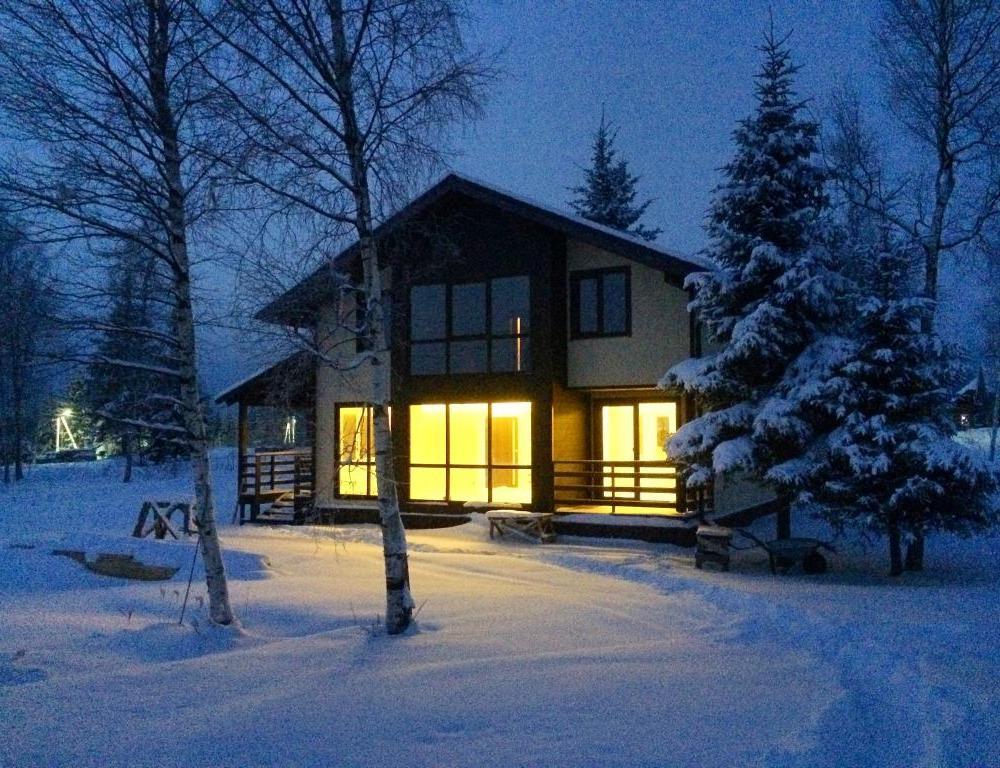 hut153